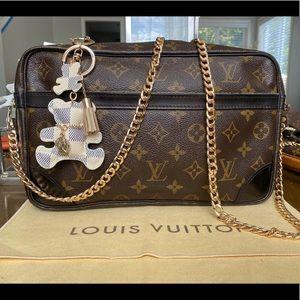 Louis Vuitton compiegne 28 black